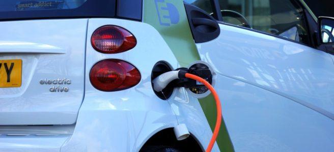 Köpa bilbatteri